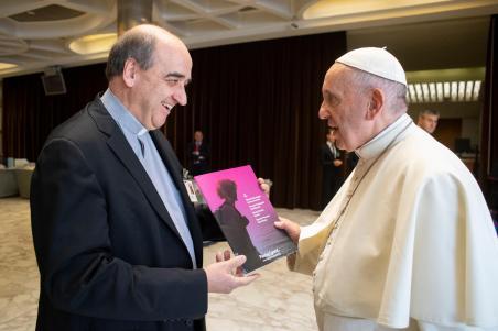 p. general-papa sinodo1